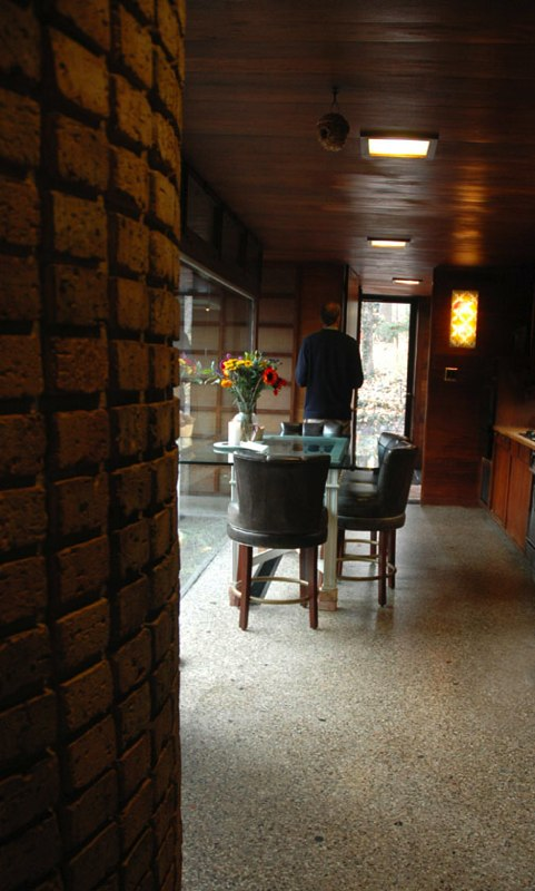 Schweikher House Glen Ellyn 3 ems